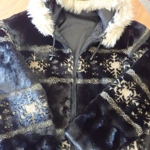 Guide Gear Reversible Winter Coat Faux Fur NWOT